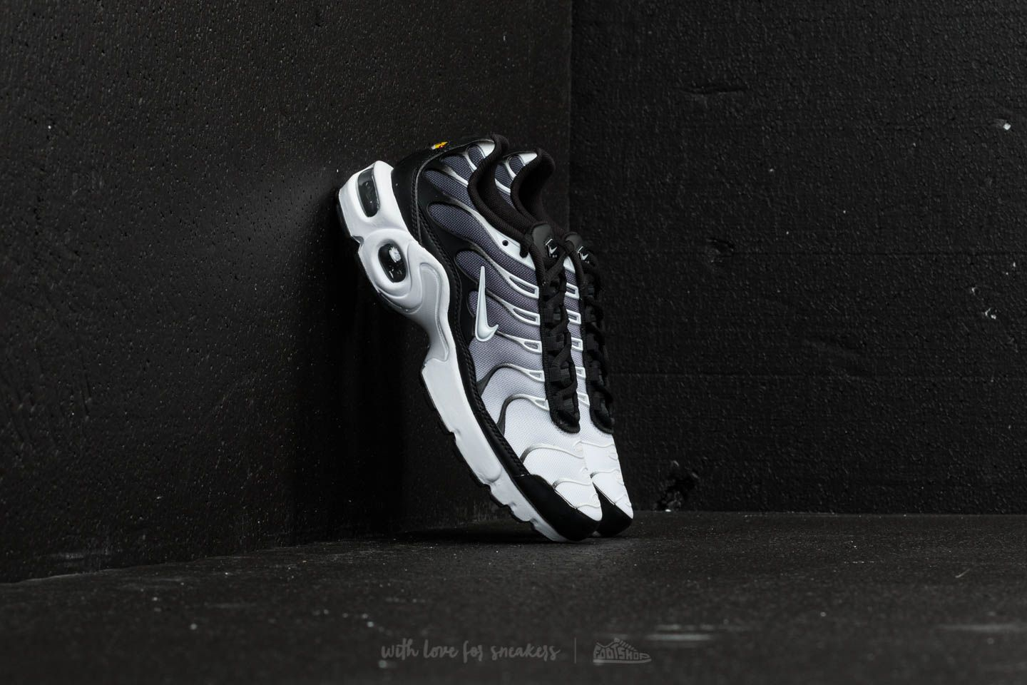 Nike Air Max Plus (GS) Black White | Footshop