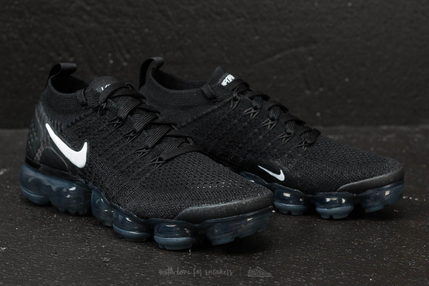 sports shoes 3412c 3e87a Nike W Air Vapormax Flyknit 2 Black/ White/ Dark Grey | Footshop