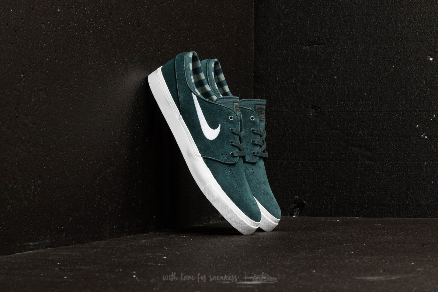 2dee298d0454 Nike SB Zoom Stefan Janoski Deep Jungle  White-Clay Green ...