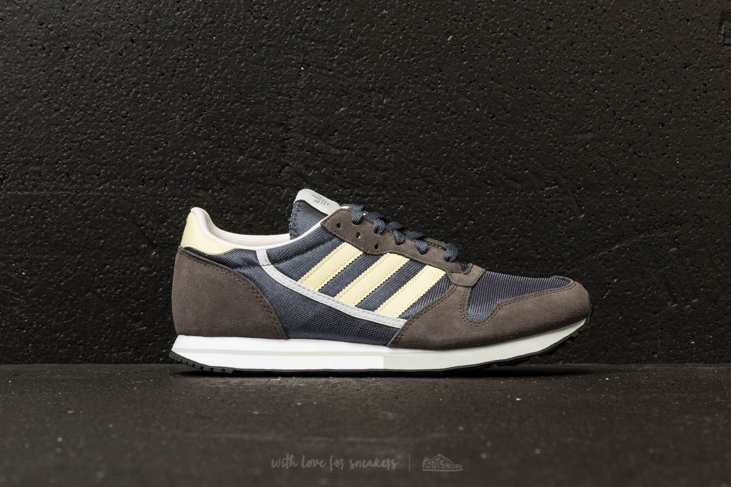 81214d2646338 adidas ZX 280 Spezial Ftw White  Ftw White  Ftw White at a great price