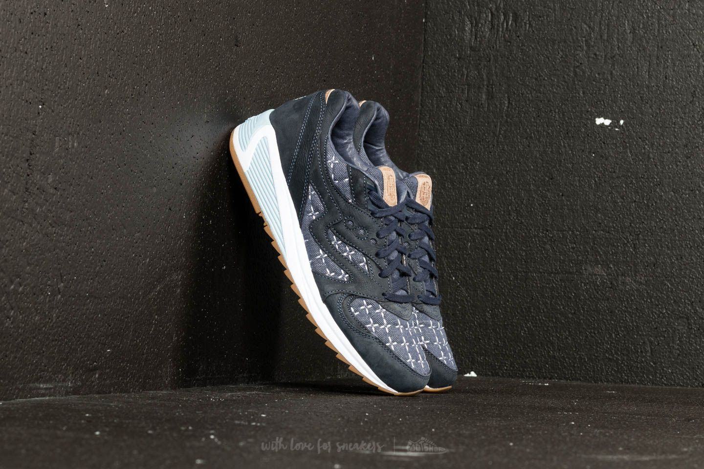 Saucony x Up There Store GRID 8000