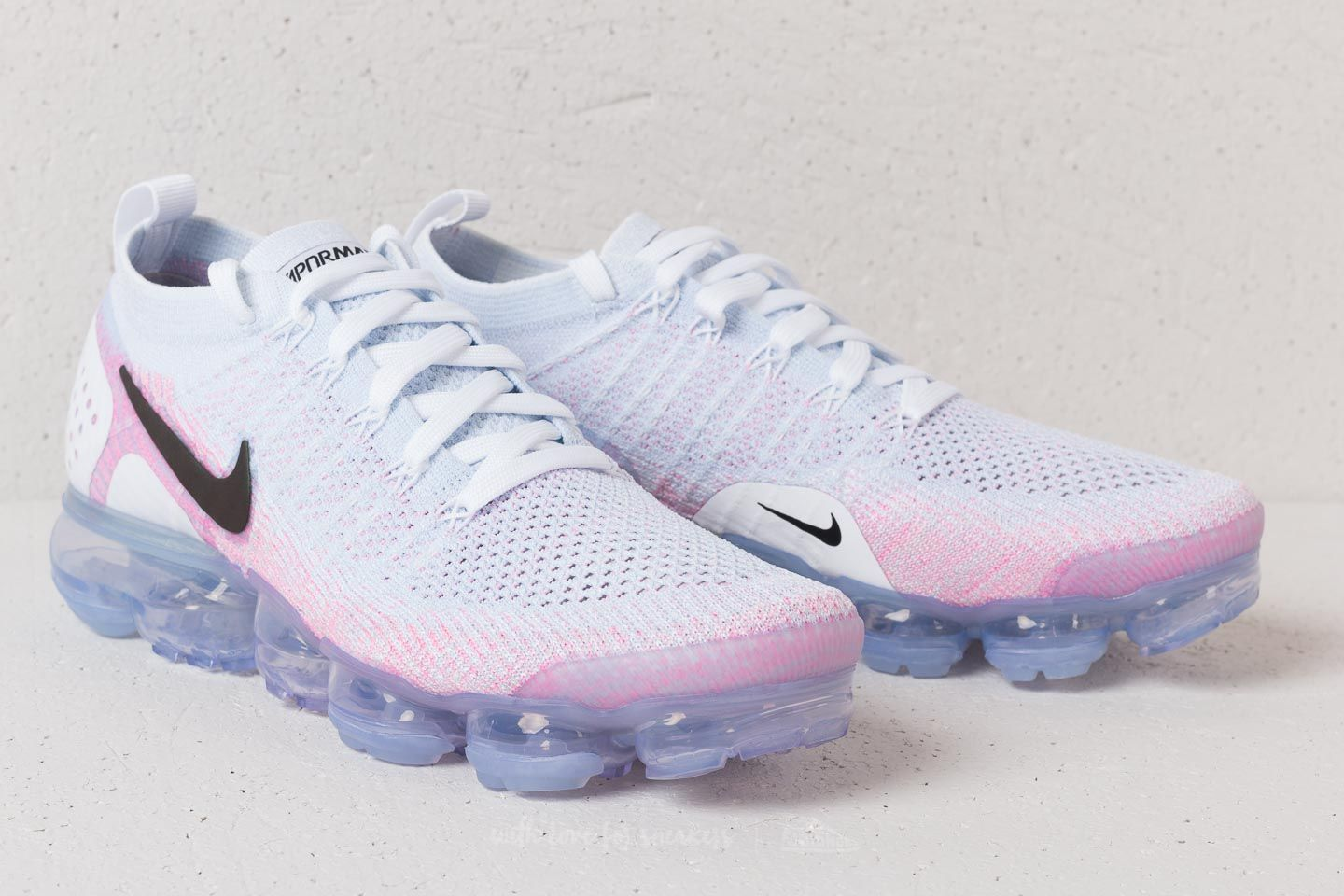 new style 43a3c c889c Nike Air Vapormax Flyknit 2