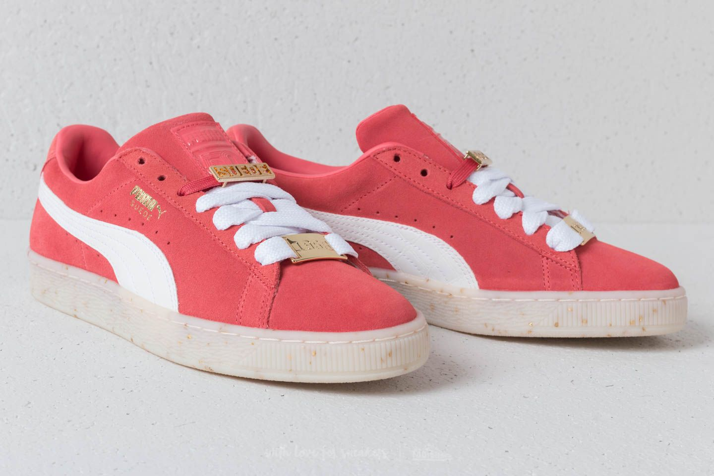 33b1d84ef6 Puma Suede Classic B-Boy Fabulous Wn´s Spiced Coral  White  Red ...