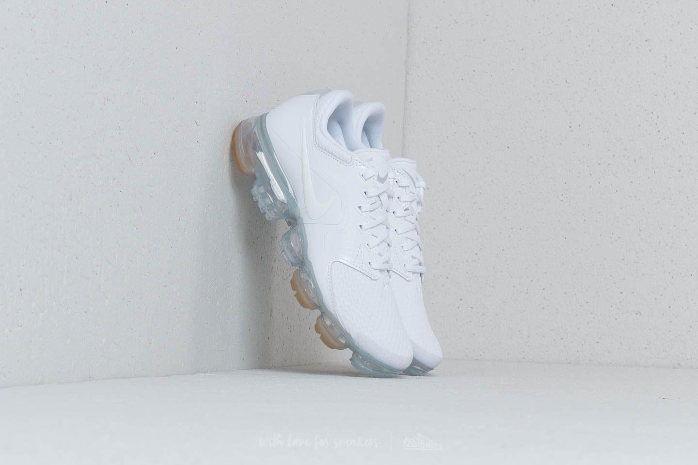 Nike Wmns Air Vapormax White/ White-Metallic Silver za skvělou cenu 5 190 Kč koupíte na Footshop.cz