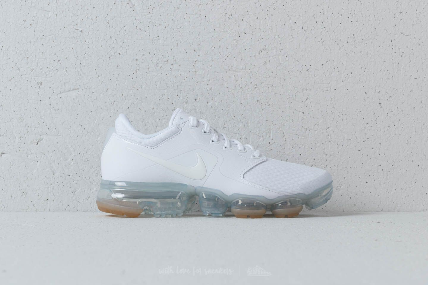 1d3d73de12572 Nike Wmns Air Vapormax White  White-Metallic Silver at a great price 191 €
