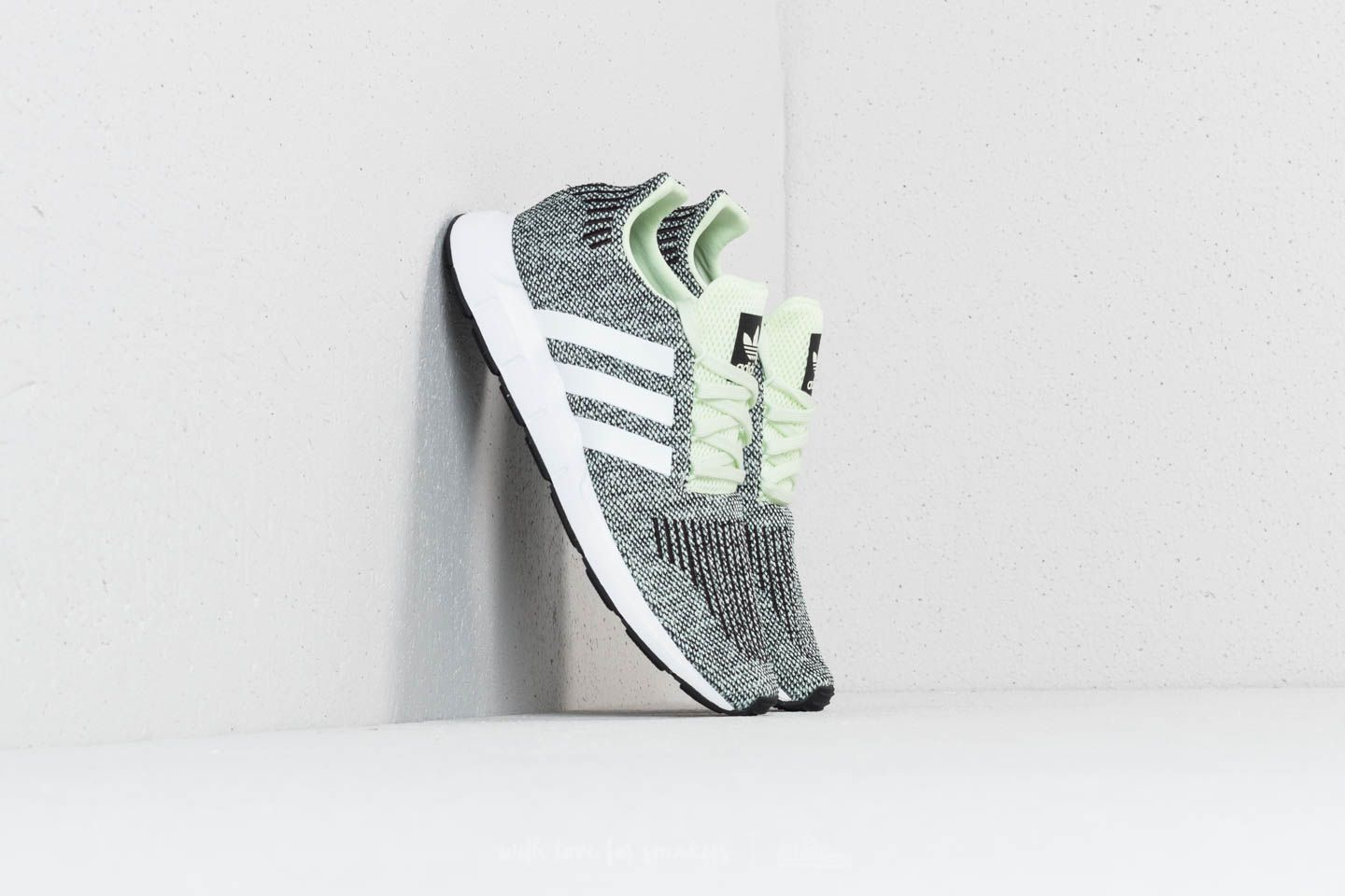 adidas Swift Run Aer Green/ Ftw White/ Core Black