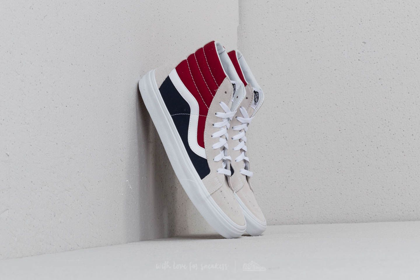 8ae13bf269 Vans SK8-Hi Reissue (Retro Block) White  Red
