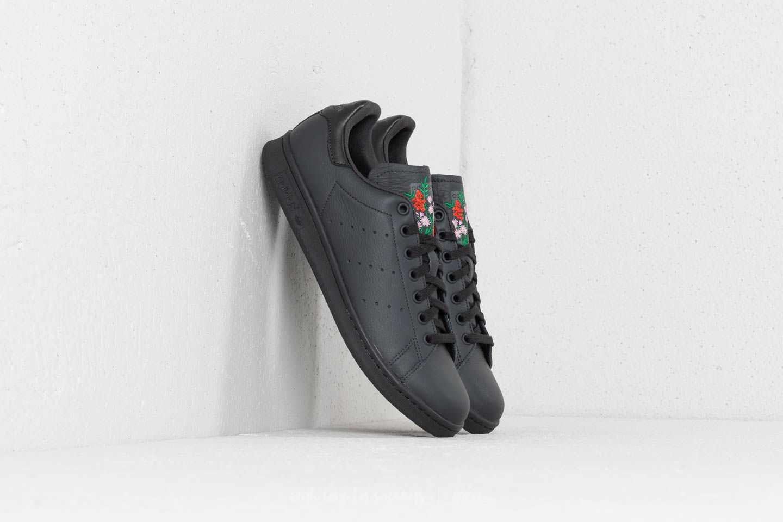 adidas Stan Smith Carbon/ Carbon/ Grey Five za skvělou cenu 1 890 Kč koupíte na Footshop.cz