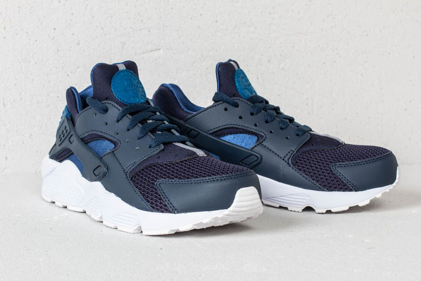 factory price best website get new Nike Air Huarache Obsidian/ Gym Blue-White | Footshop