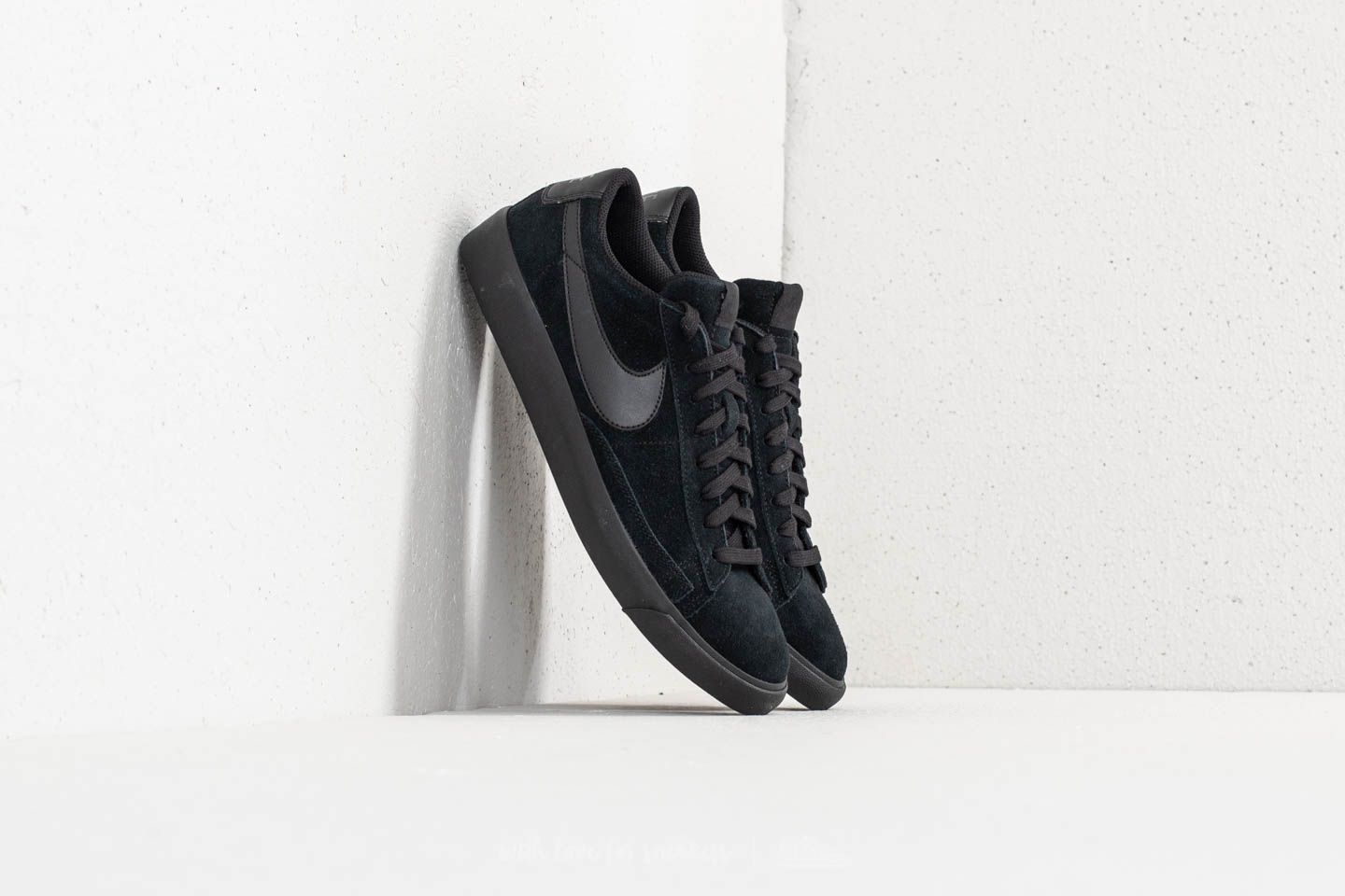 first rate 9119a ac752 Nike Blazer Low LE Black Black at a great price £54 buy at Footshop