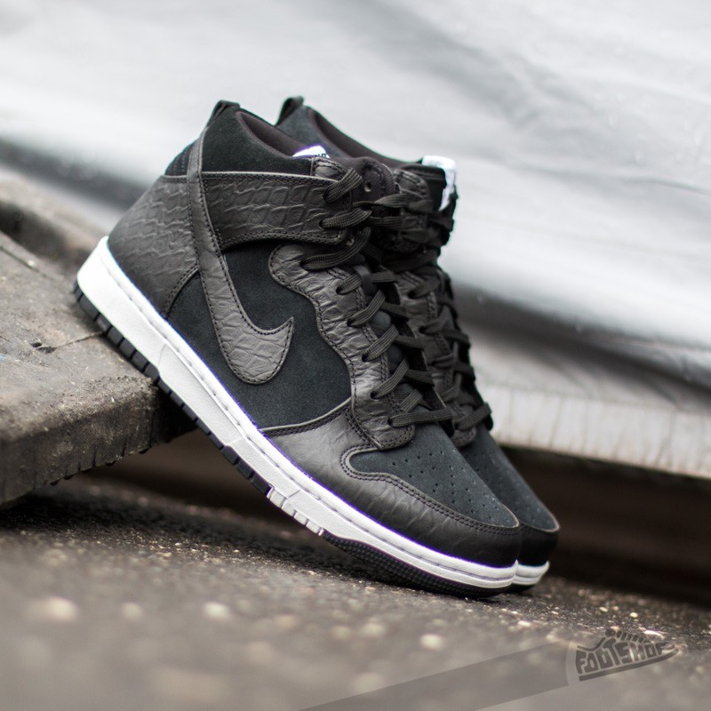 wholesale dealer 37805 da108 Nike Dunk Comfort Premium. Black White