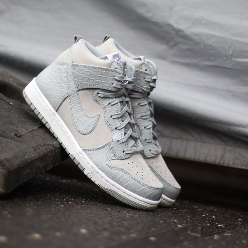 online retailer 6ad79 c2f5a Nike Dunk Comfort Premium Wolf Grey White