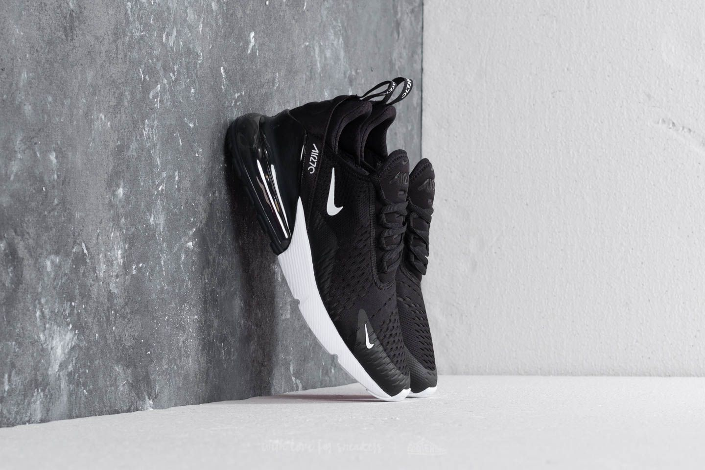 Nike Air Max 270 Black Anthracite White Solar Red | Footshop