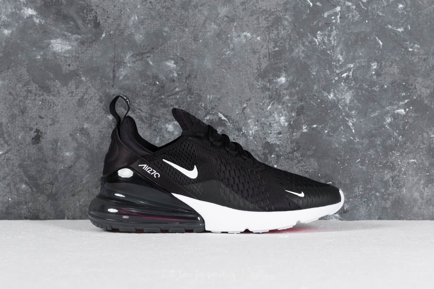 15367af489 Nike Air Max 270 Black/ Anthracite-White-Solar Red za skvelú cenu 133