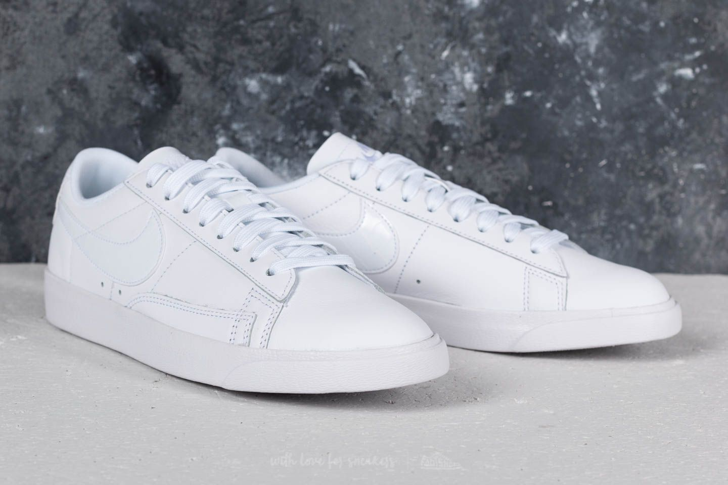 new products 56a19 a61f9 Nike Blazer Low Essential W White/ White-White | Footshop