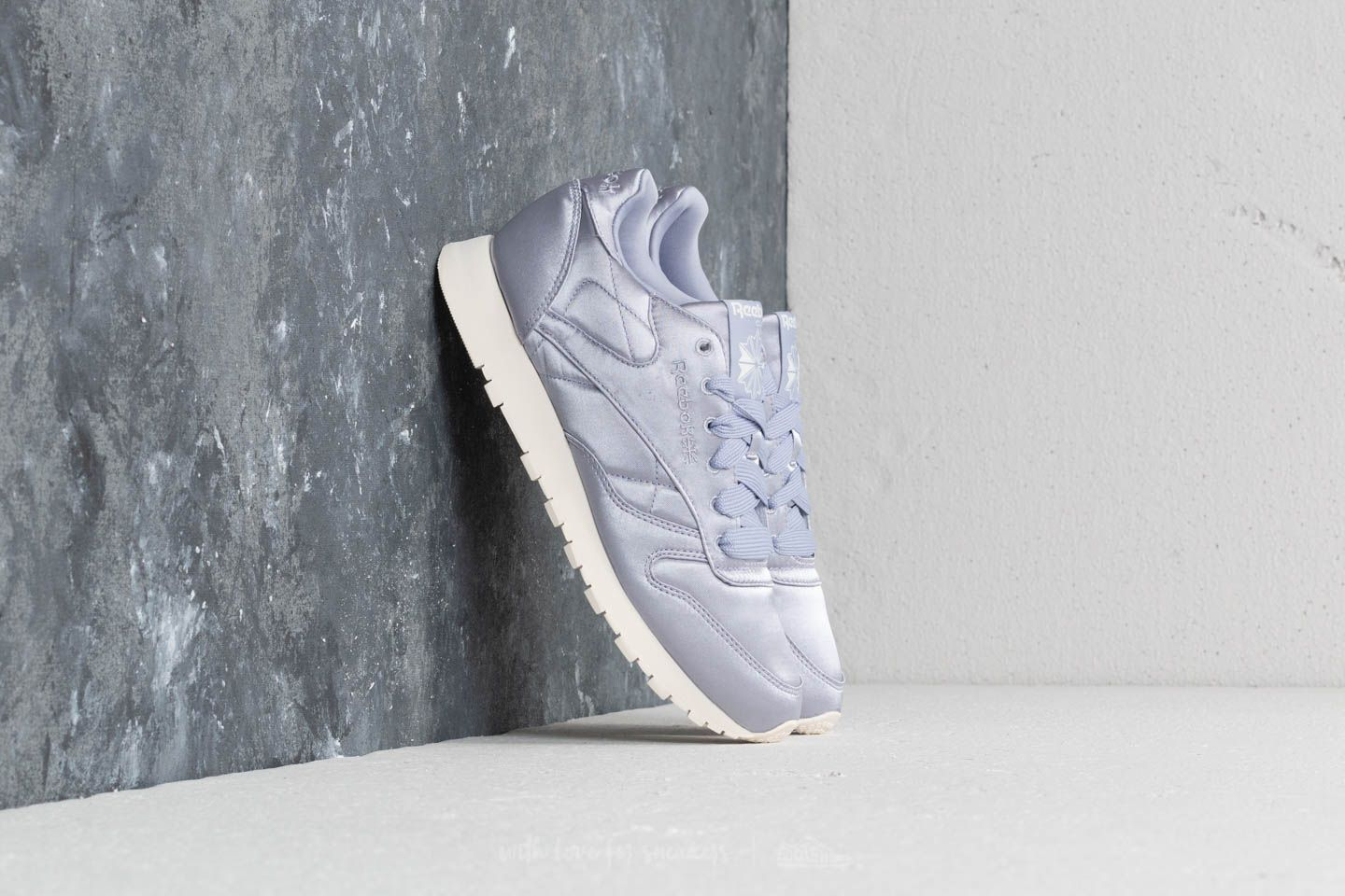 524163db946a5b Reebok CL Leather Satin Purple Fog  Classic White at a great price £44 buy
