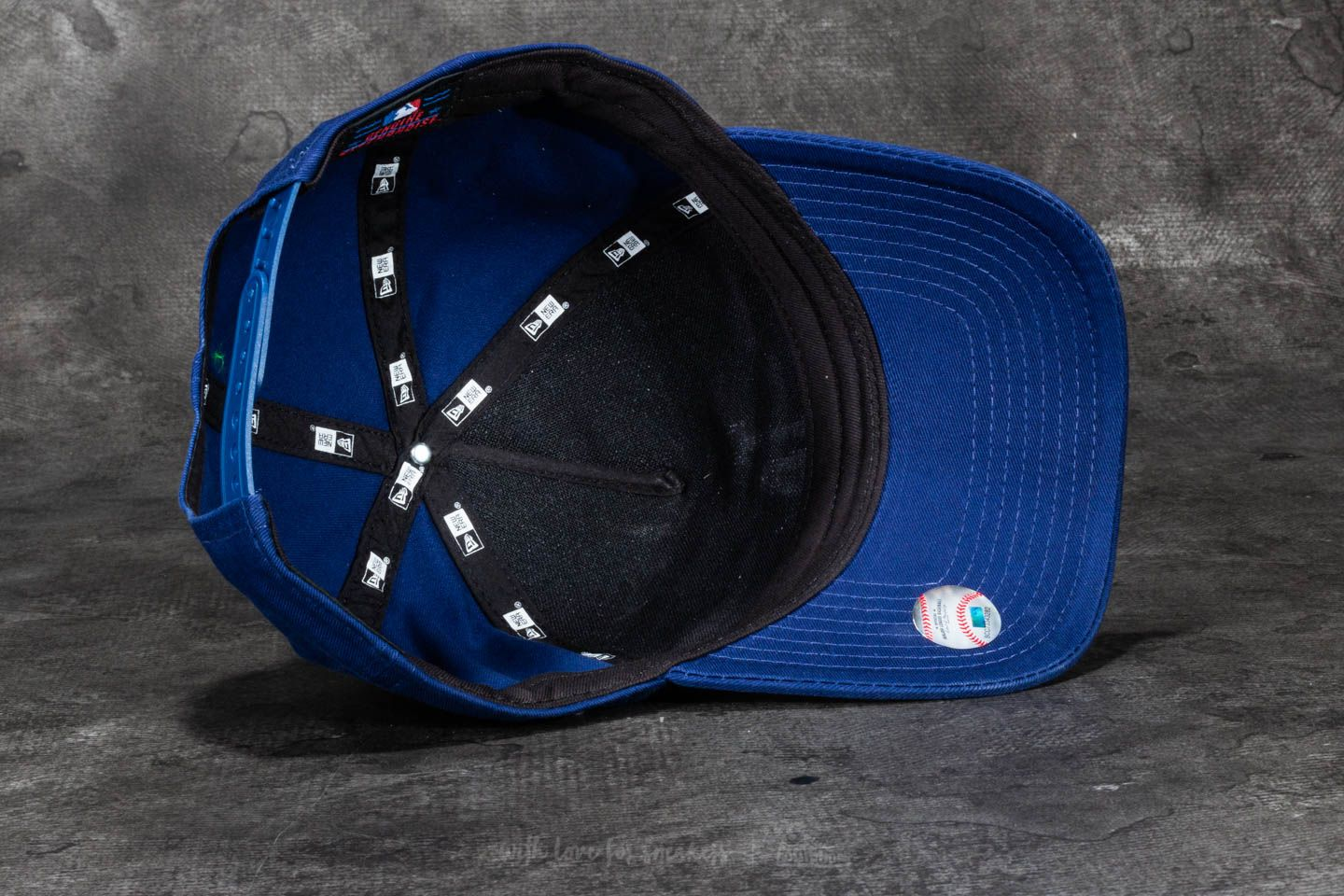 da0dc7317e8 ... sale new era 9forty washed a frame los angeles dodgers cap blue white  at a great