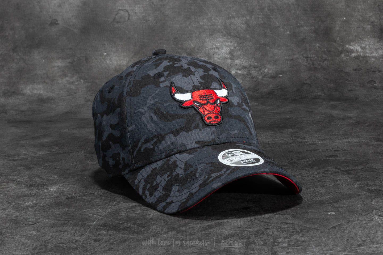 d6efdf81fa6 New Era 9Forty Women Camo Team Chicago Bulls Cap Dark Camo ...