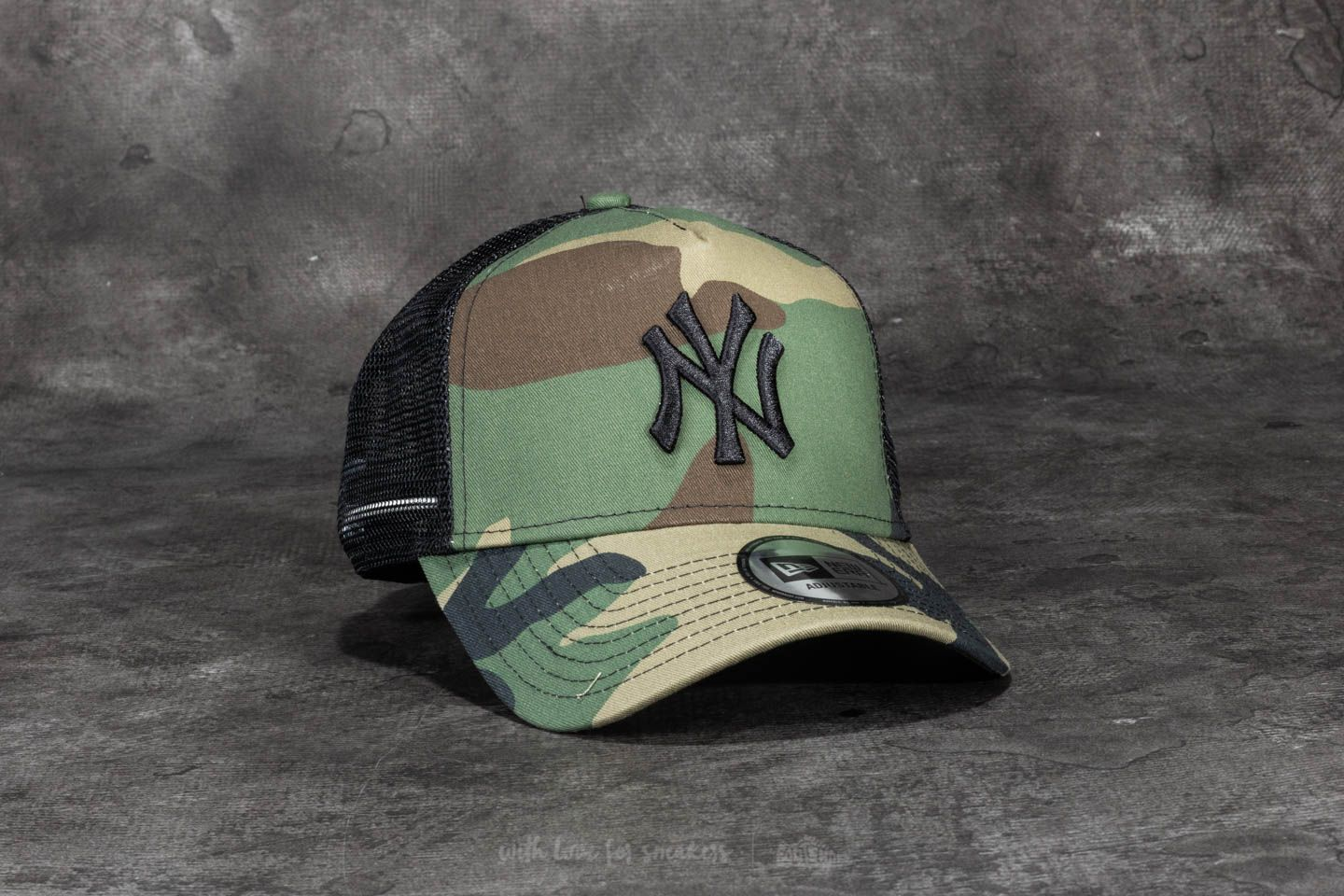 New Era 9Forty Camo Team New York Yankees Trucker Woodland Camo 357a7b38cdf