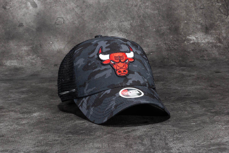 New Era 9Forty Women Camo Team Chicago Bulls Trucker Dark Camo ... cc9bec581db