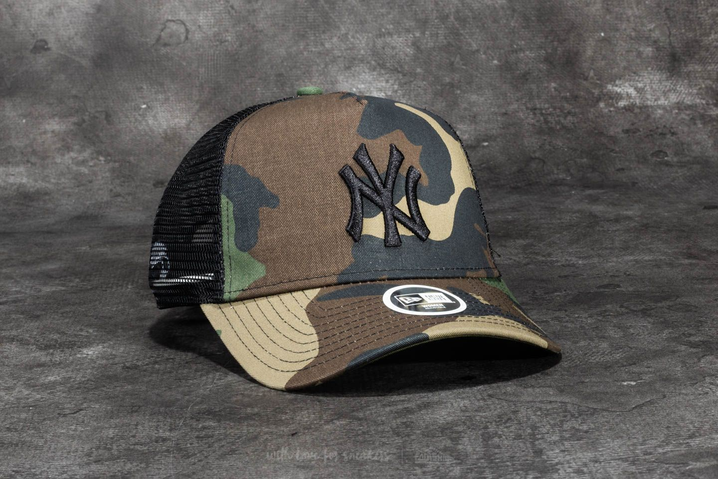 00665f08d9f74 New Era 9Forty Women Camo Team New York Yankees Cap Woodland Camo