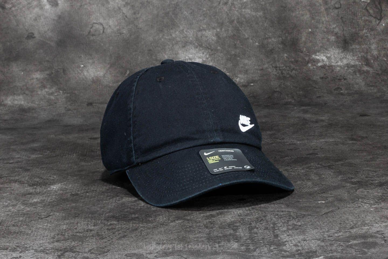 Nike Futura Classic Heritage 86 Cap Black  White  93d28b1508c