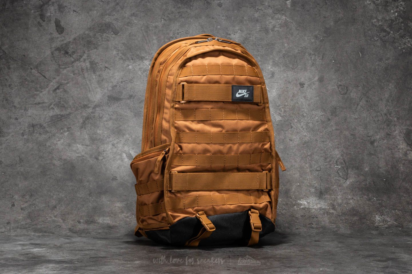 rescate Vaticinador Recogiendo hojas  Backpacks Nike SB RPM Backpack Ale Brown/ Ale Brown/ Black | Footshop