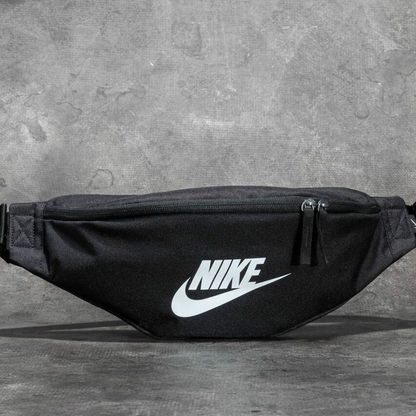 Nike Heritage Hip Pack Black/ Black/ White 3 litre