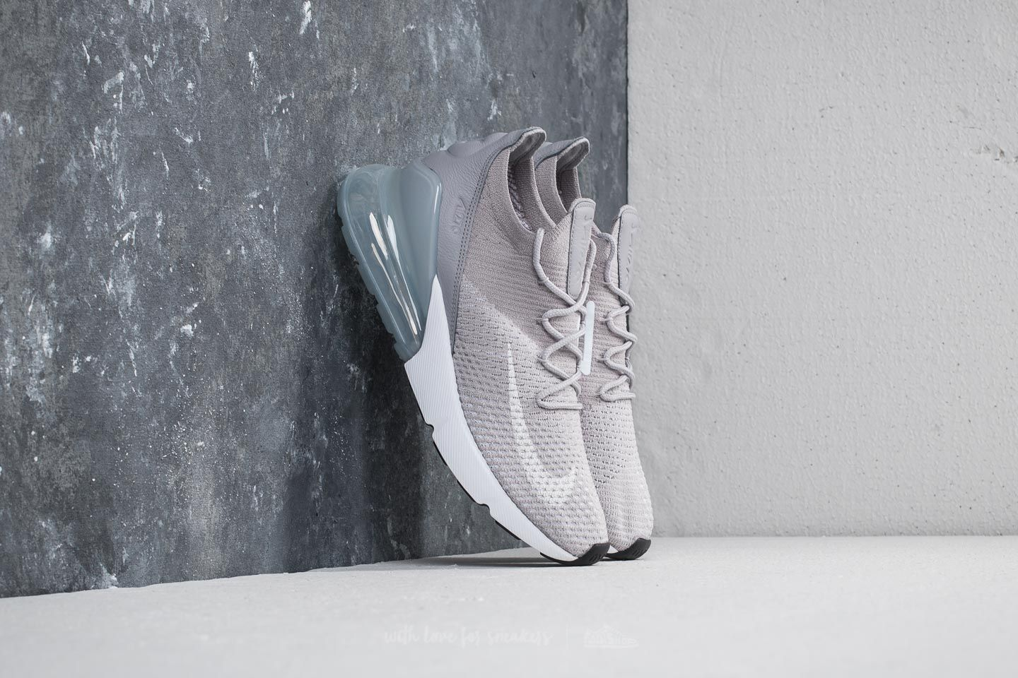 best service 88b1d cfe76 Nike Air Max 270 Flyknit W. Atmosphere Grey  White