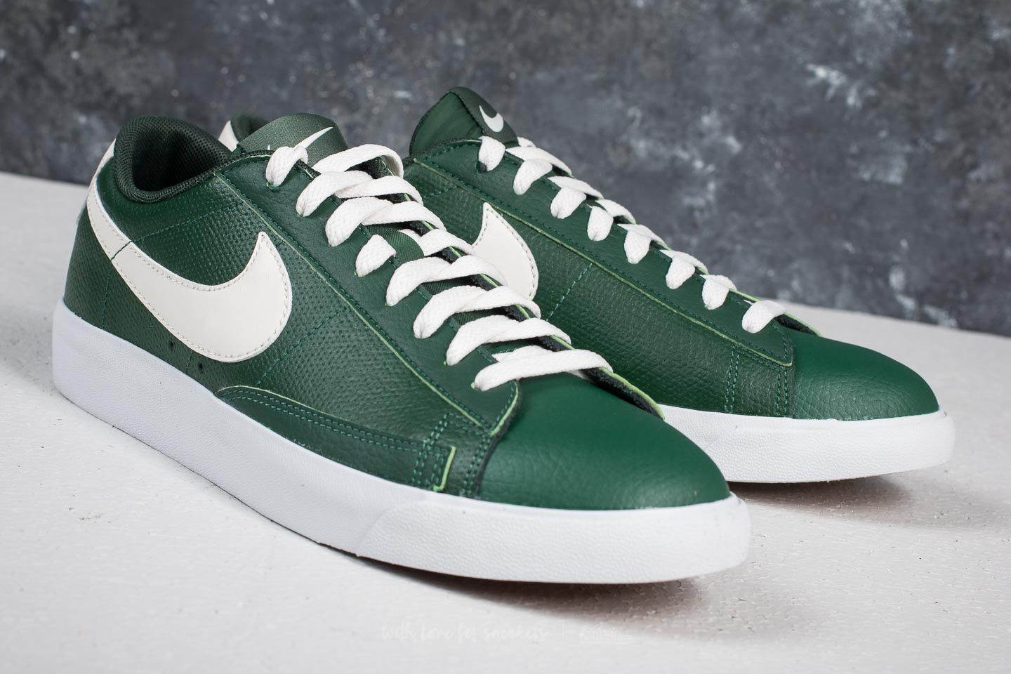 the latest 71467 2d553 Nike Blazer Low Leather Fir/ Sail-Gum Med Brown | Footshop