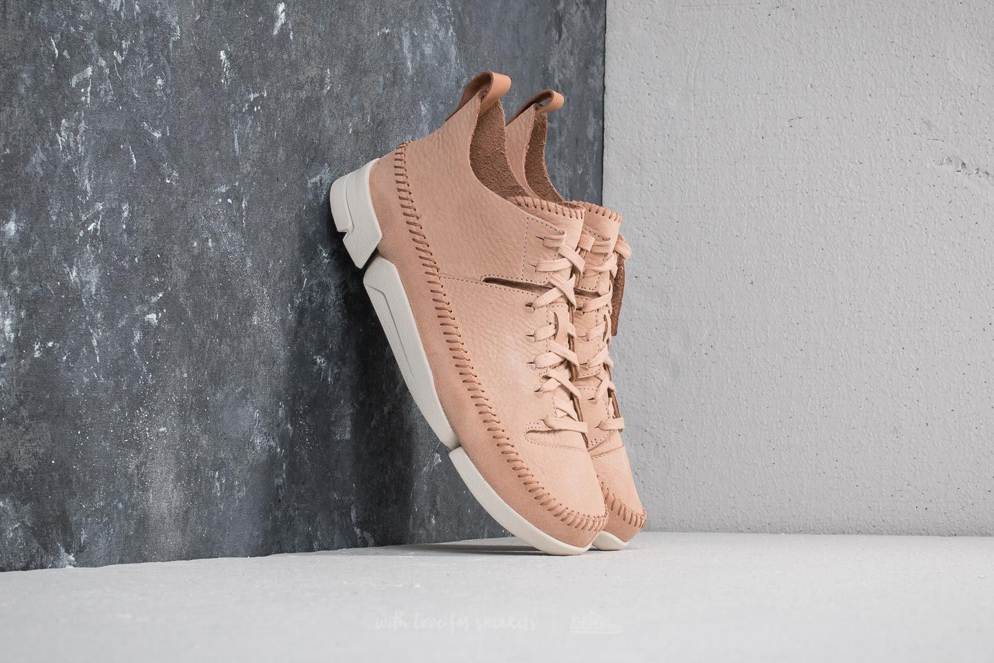 Clarks Originals Trigenic Flex Natural Nubuck at a great price $163 buy at Footshop