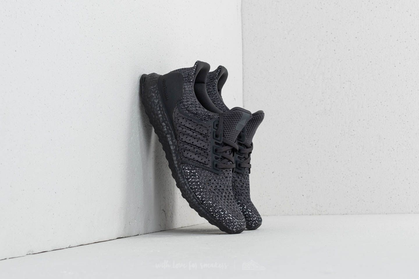 d6b5eb08565d12 adidas Ultraboost Clima Carbon  Carbon  Orchid Tint
