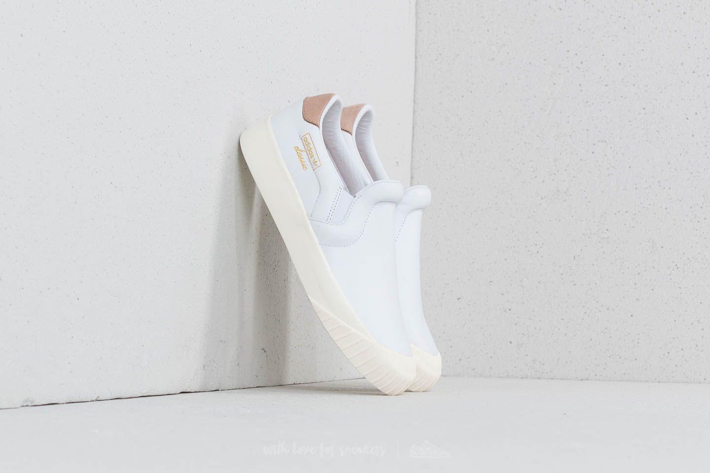 outlet store d00d5 f13cc adidas Everyn Slip-on Ftw White Ftw White Ash Peach au meilleur prix