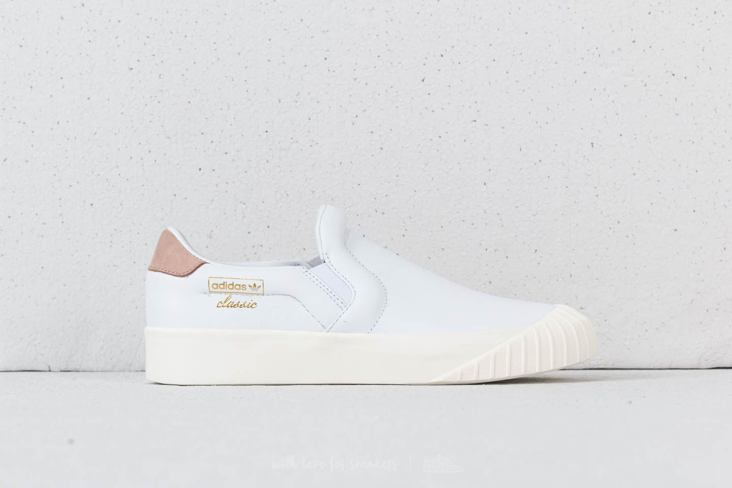check out 924e3 5e74c adidas Everyn Slip-on Ftw White Ftw White Ash Peach at a great