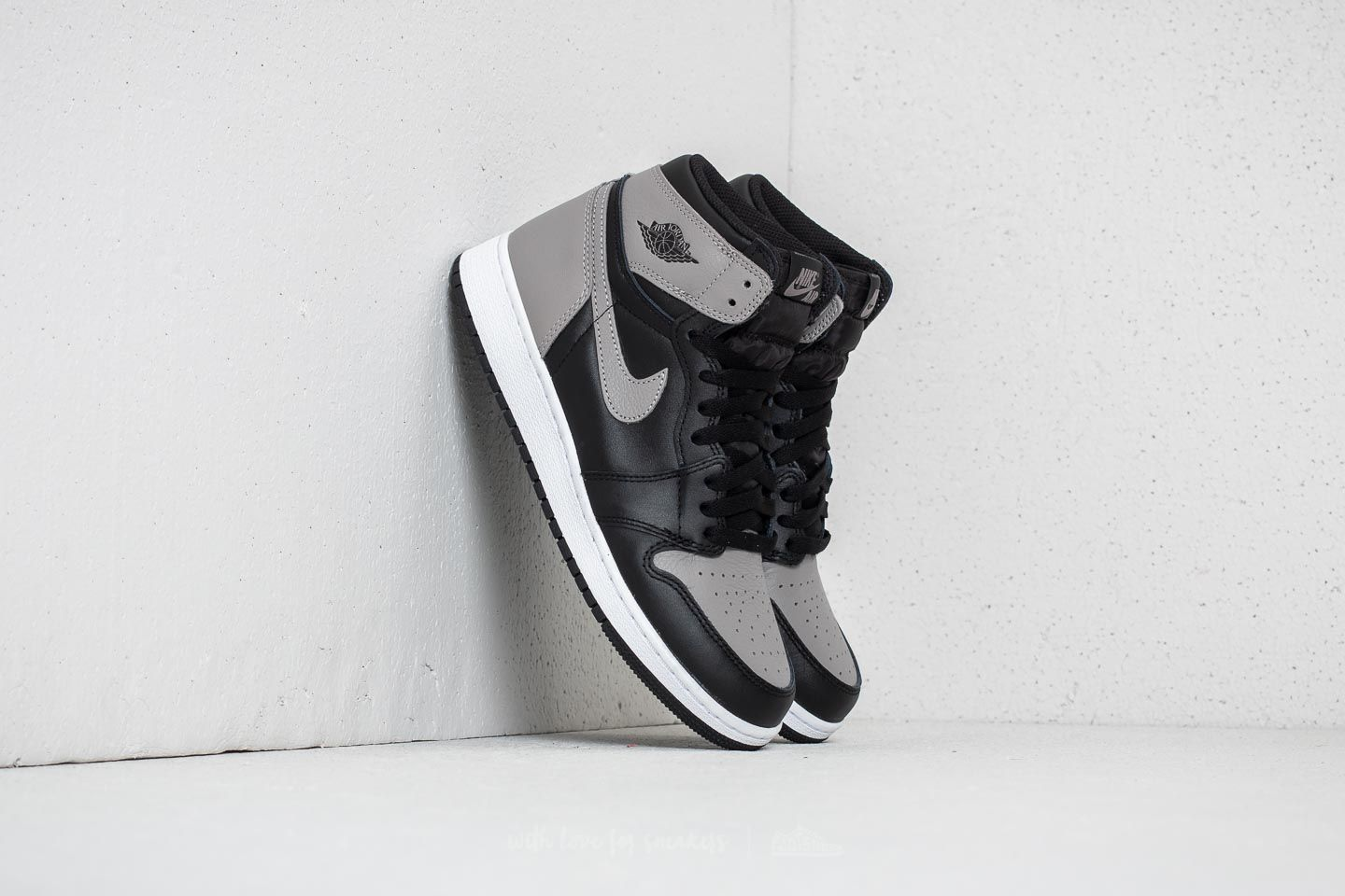 new product 53cf6 e8d48 Air Jordan 1 Retro High OG BG Black/ Medium Grey/ White | Footshop
