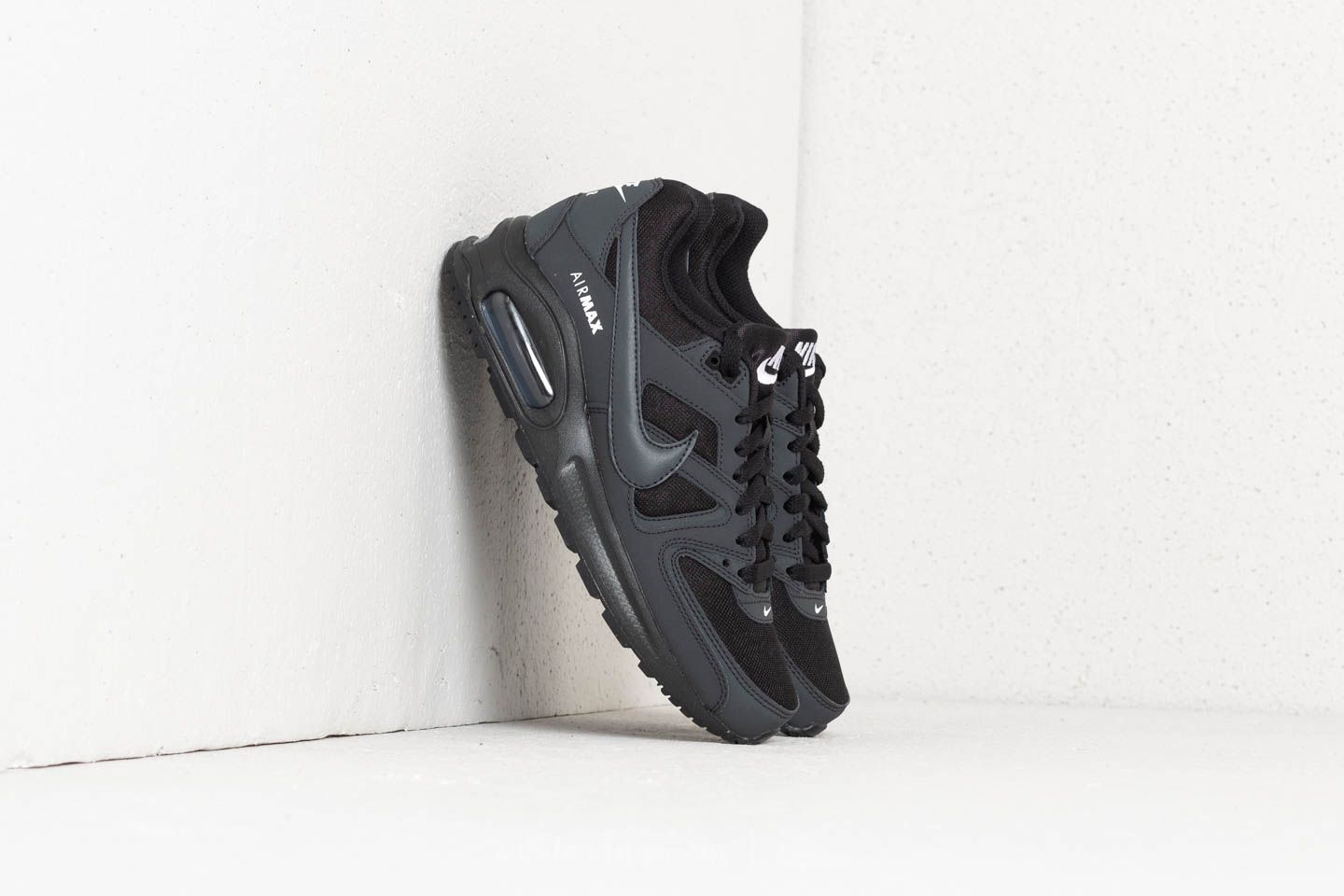 Nike Air Max Command Flex (GS) Black  Anthracite-White au meilleur prix 1671ae24567c