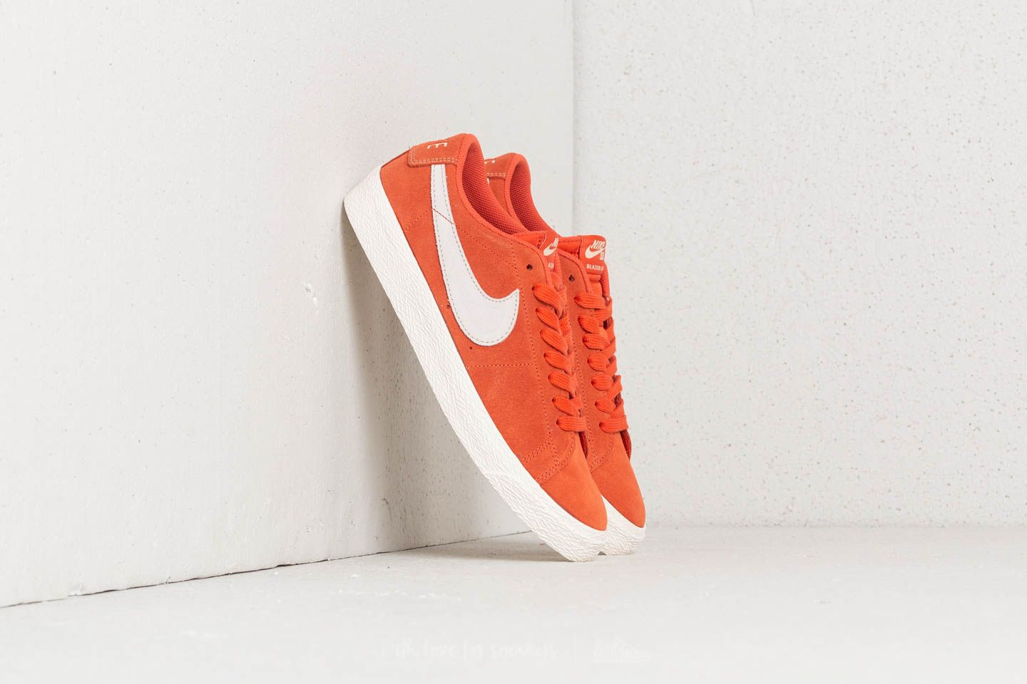 wide range picked up genuine shoes Nike SB Zoom Blazer Low Vintage Coral/ Fossil-Sail | Footshop