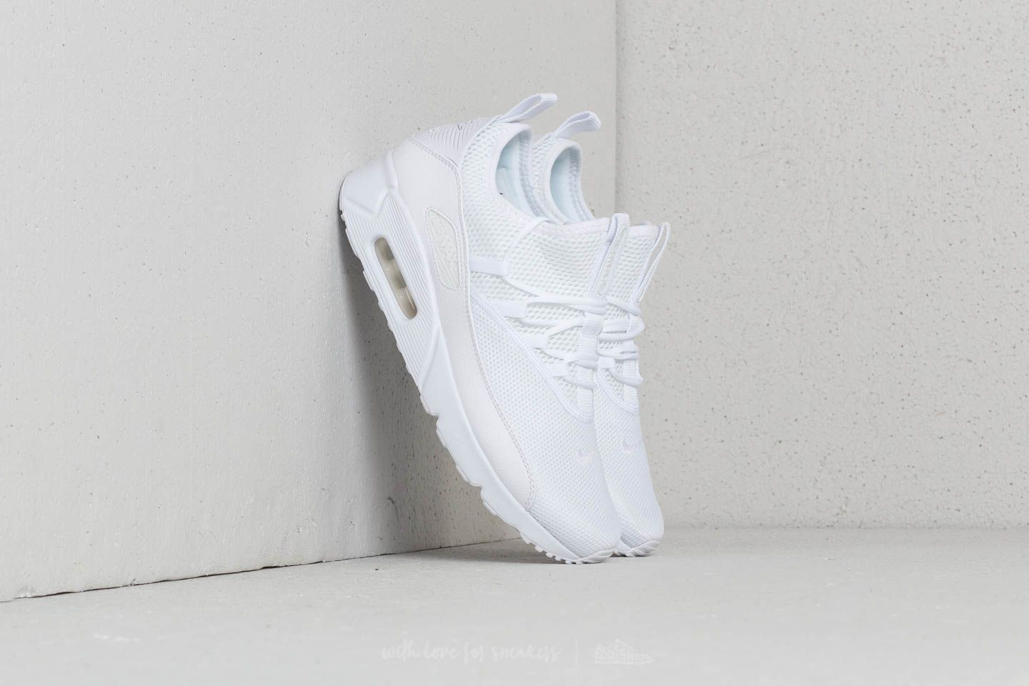 88fb25e6390 Nike Air Max 90 EZ White  White-White