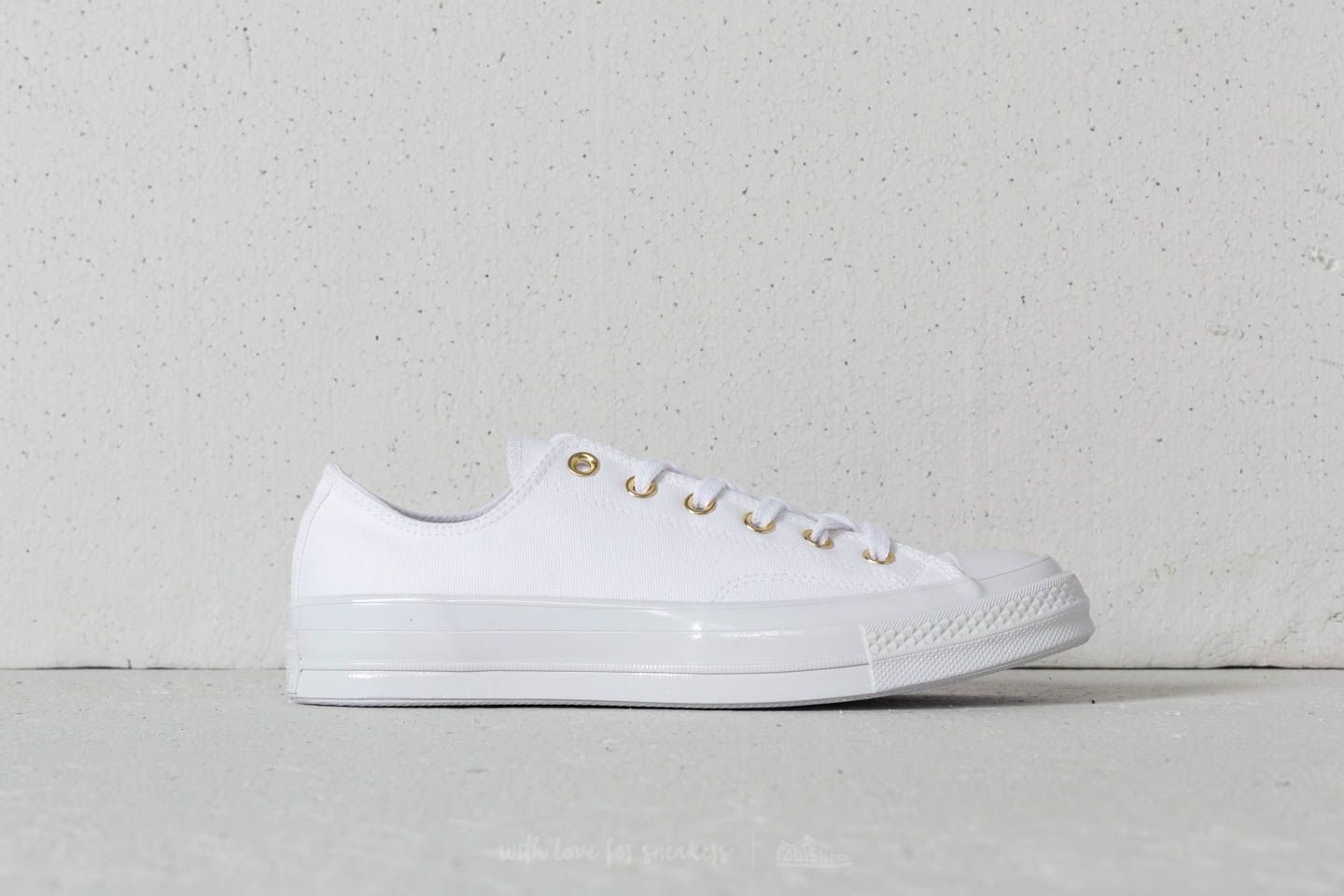 converse all star white cherry