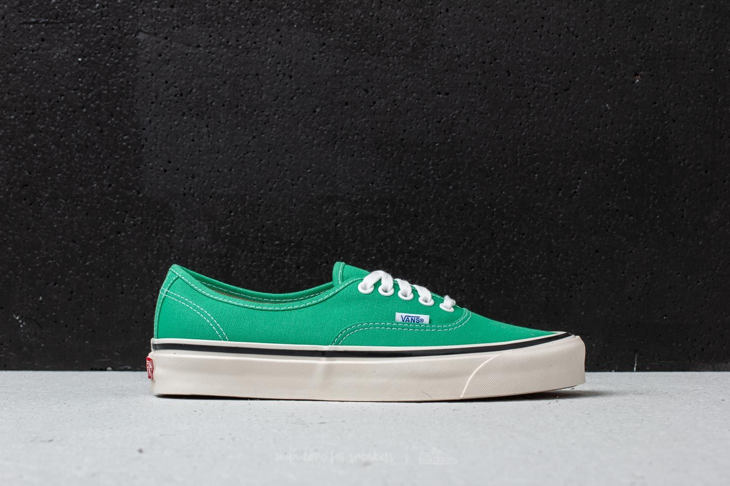 1e1a15d7a118 Vans Authentic 44 DX (Anaheim Factory) OG Jade at a great price £45