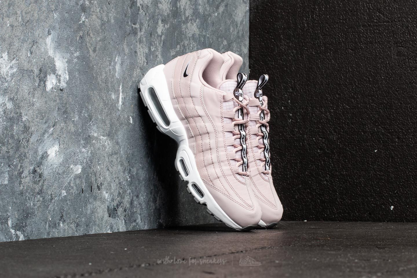 brand new cd33f 3fd5a Nike Air Max 95 SE. Particle Rose Black-White