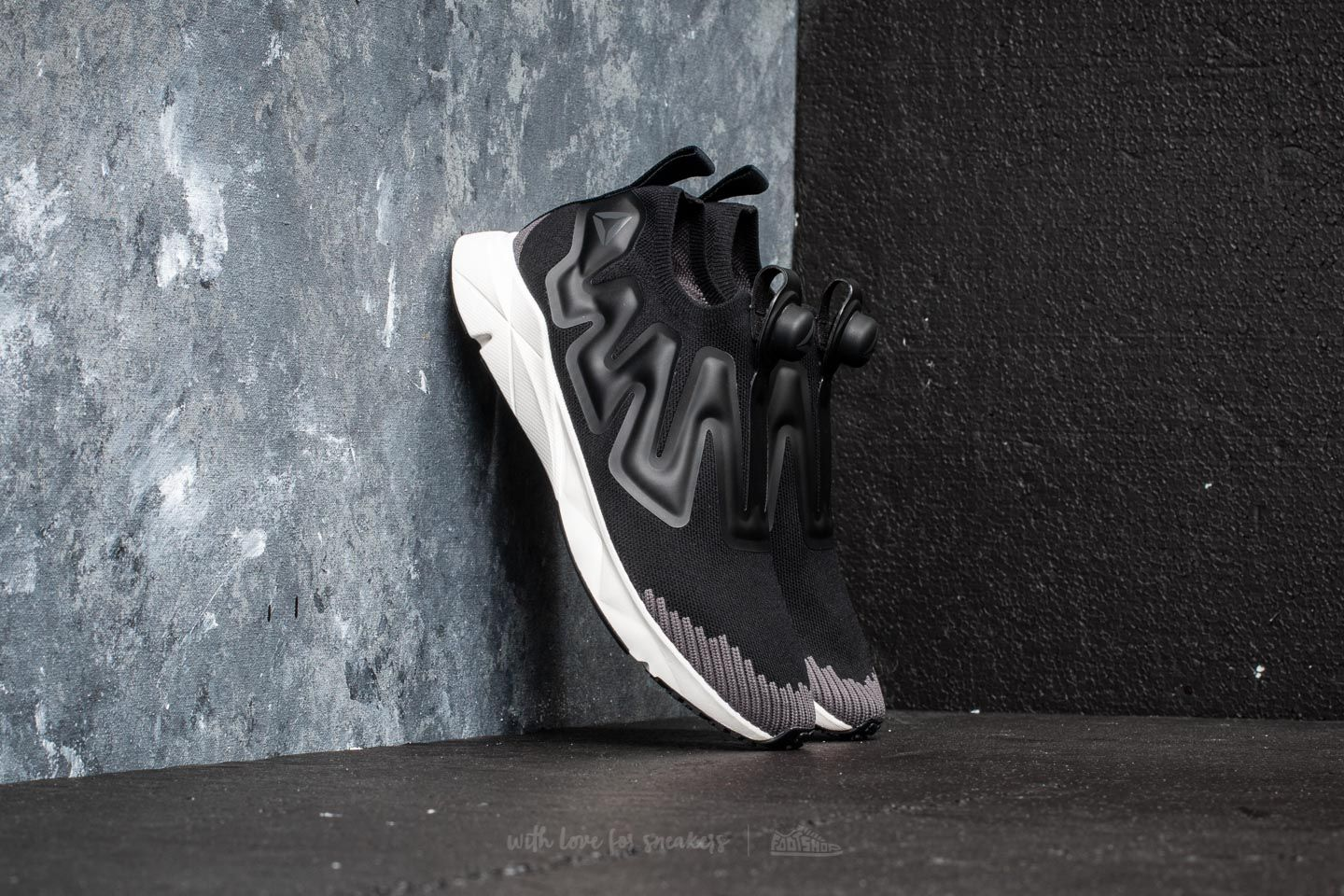 e51f4e3a Reebok Pump Supreme Ultraknit Black/ Ash Grey/ Chalk | Footshop