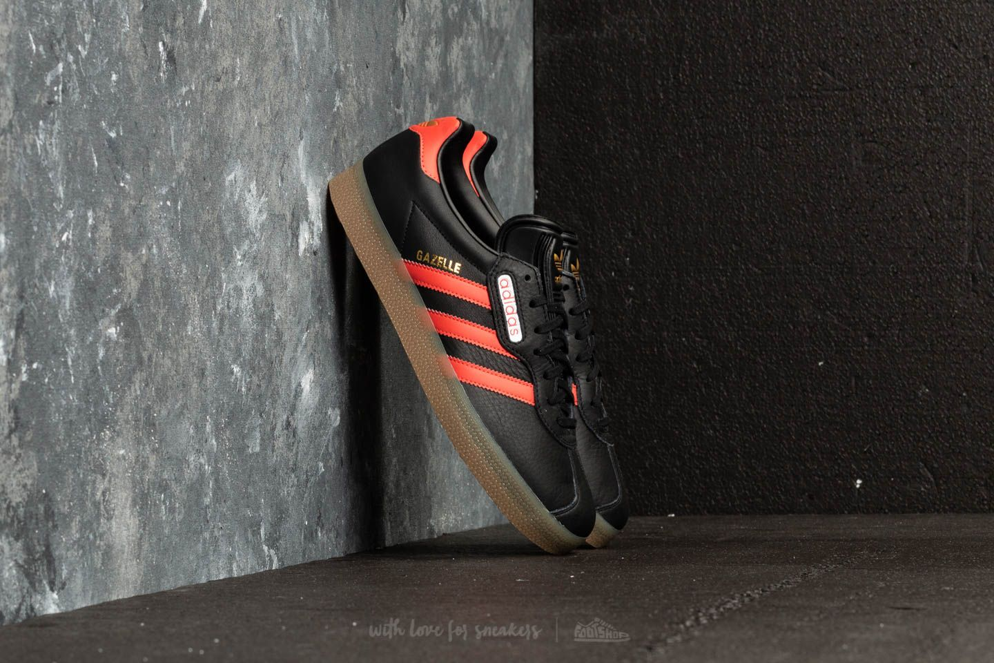 buy online 88cfa 8c556 adidas Gazelle Super Core Black Trace Scarlet Ftw White at a great price  63