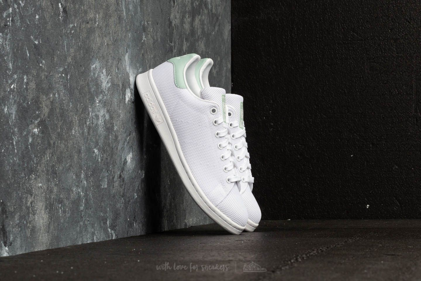 Chaussures et baskets femme adidas Stan Smith W Ftw White/ Ftw White/ Ash Green