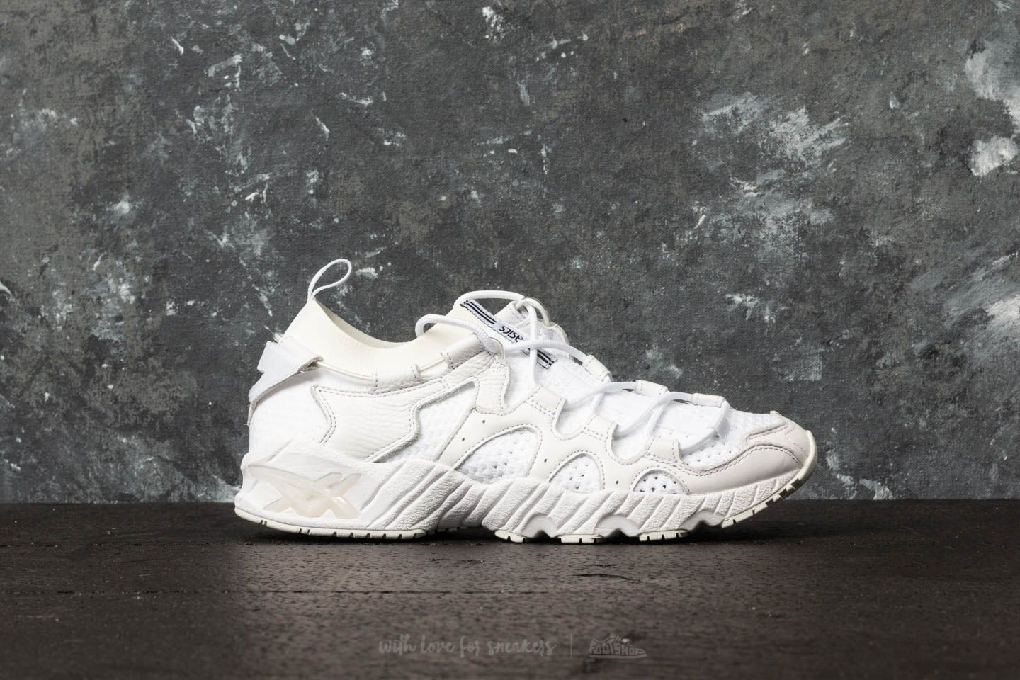 b1071430a9c8 Asics Tiger Gel-Mai Knit White  White at a great price 107 € buy