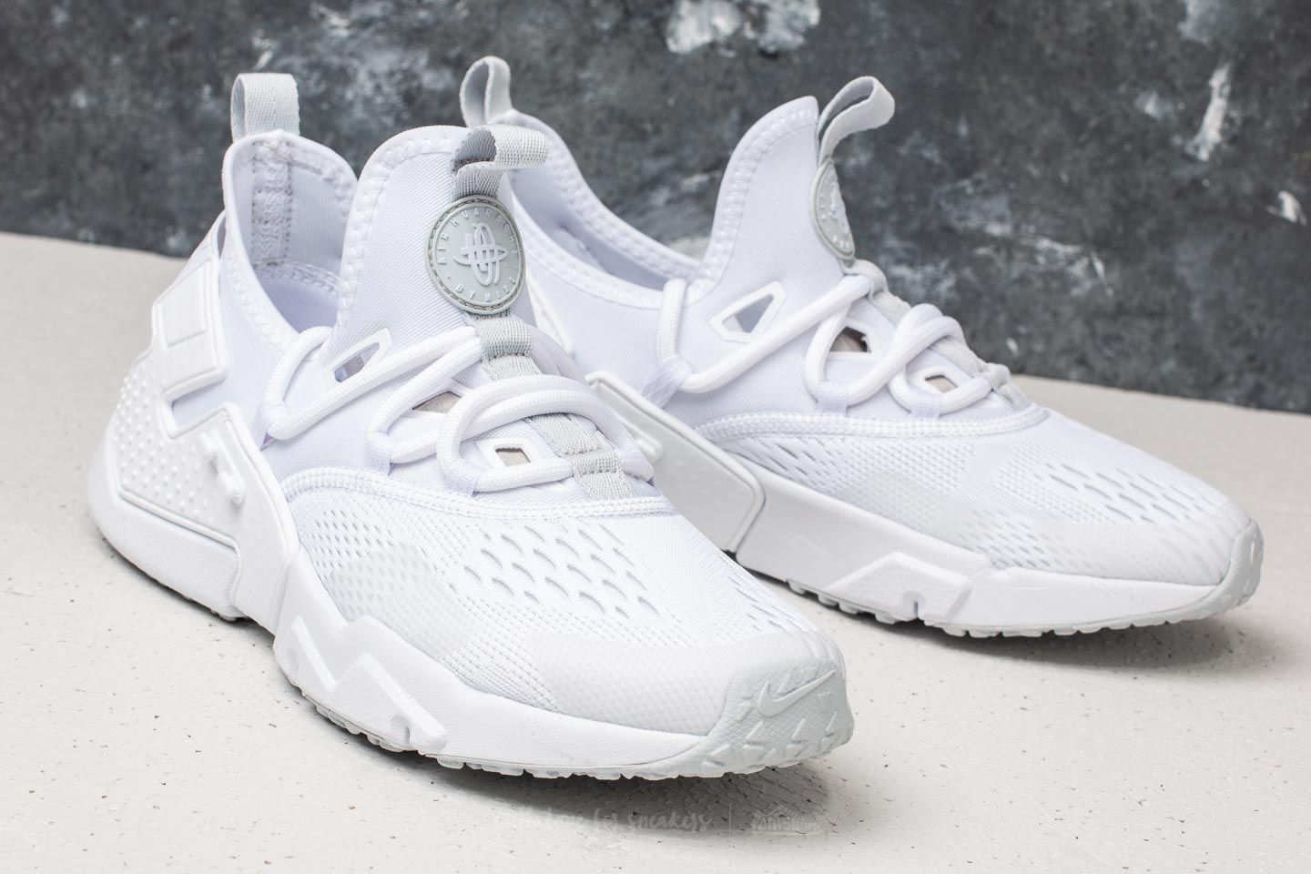 0767d90970a2 ... coupon code for nike air huarache drift br white pure platinum at a  great price 136