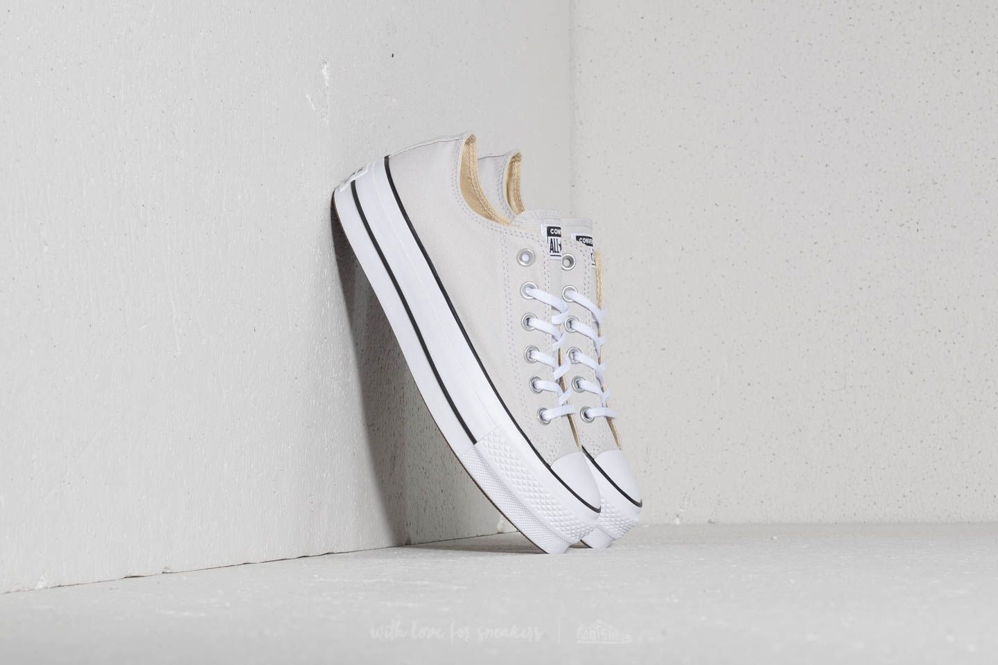 44140a19e125 Converse Chuck Taylor All Star Lift Ox Mouse  White  Black