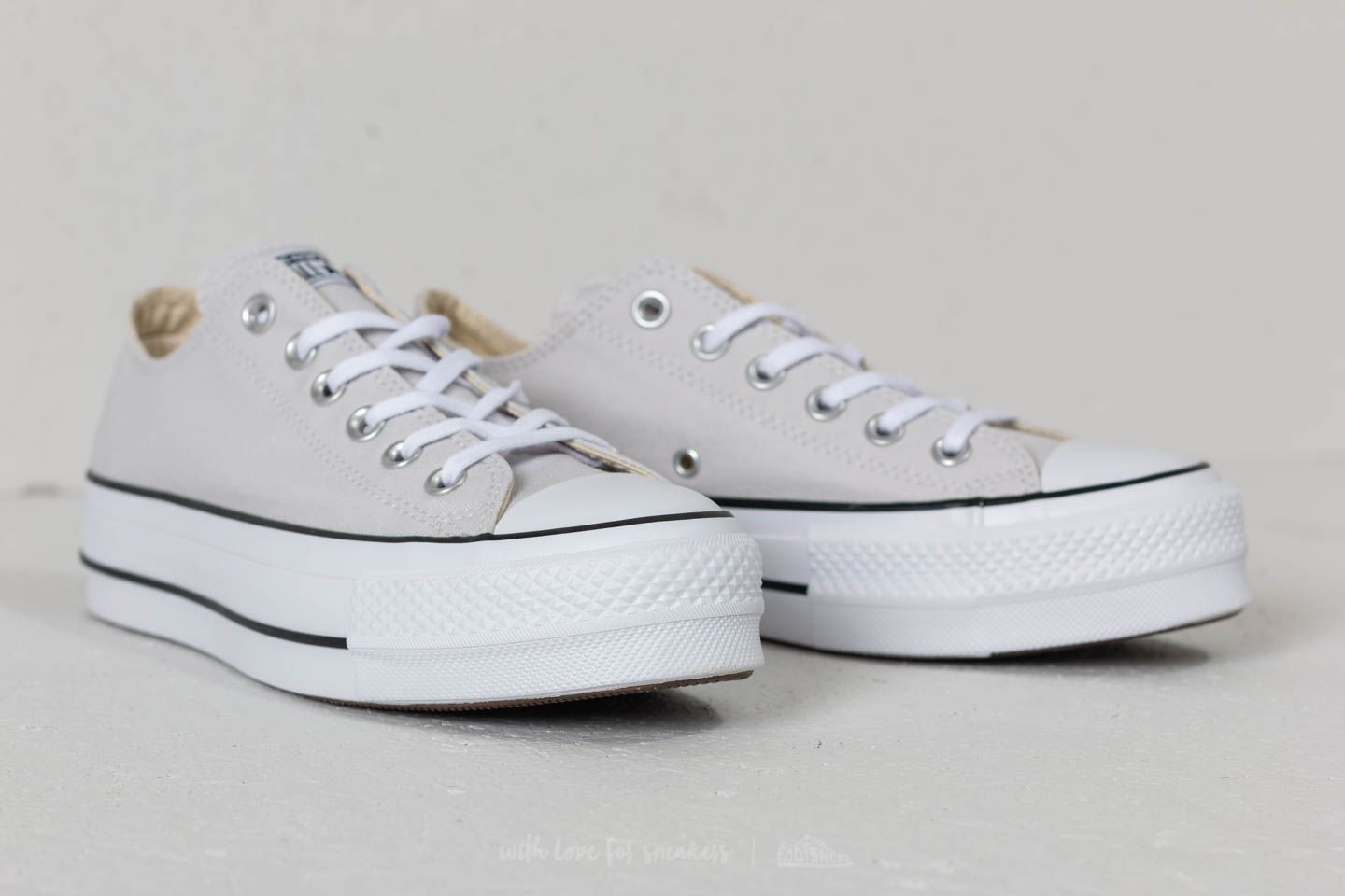 Guia Bungalow obesidad  Women's shoes Converse Chuck Taylor All Star Lift Ox Mouse/ White/ Black