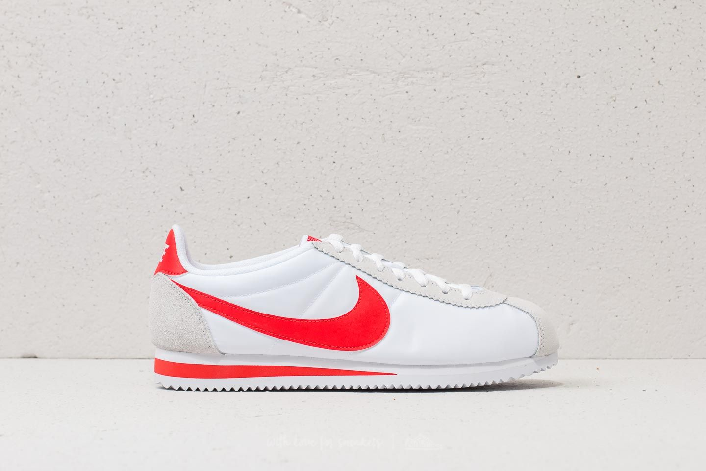 purchase cheap 9c37c 5dc9d Nike Classic Cortez Nylon White Habanero Red at a great price £70 buy at
