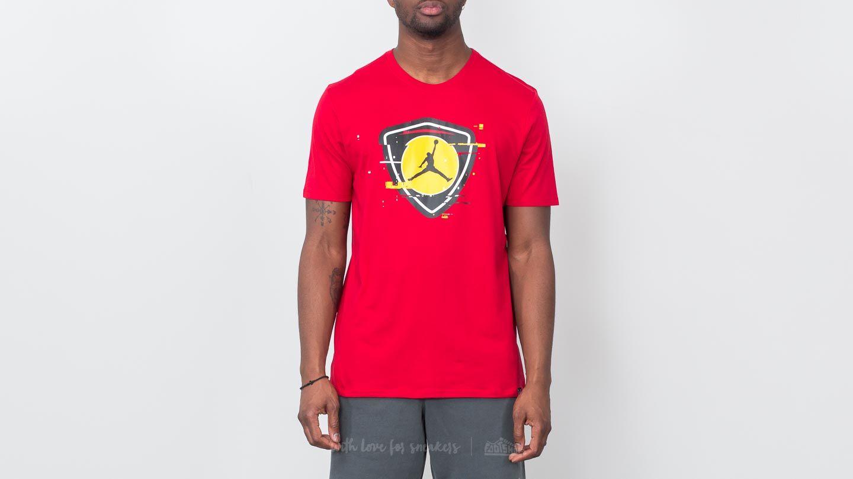 Jordan Sportswear Last Shot Tee Gym Red  Tour Yellow  67cfbccb35